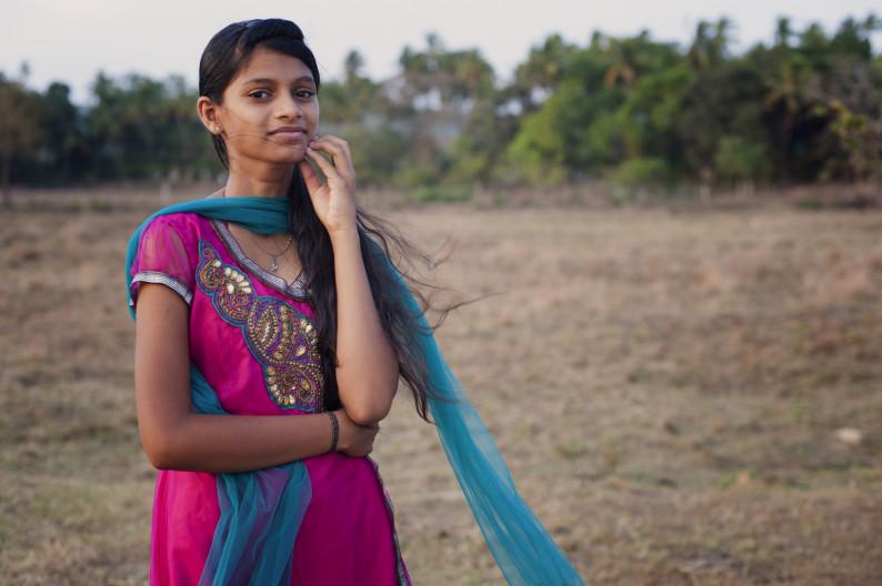 С индии девушки знакомства
