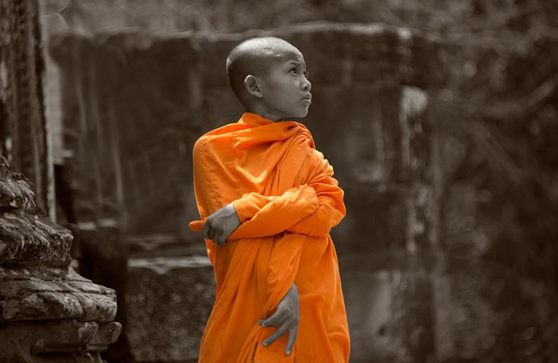 monk_in_cambodia-7