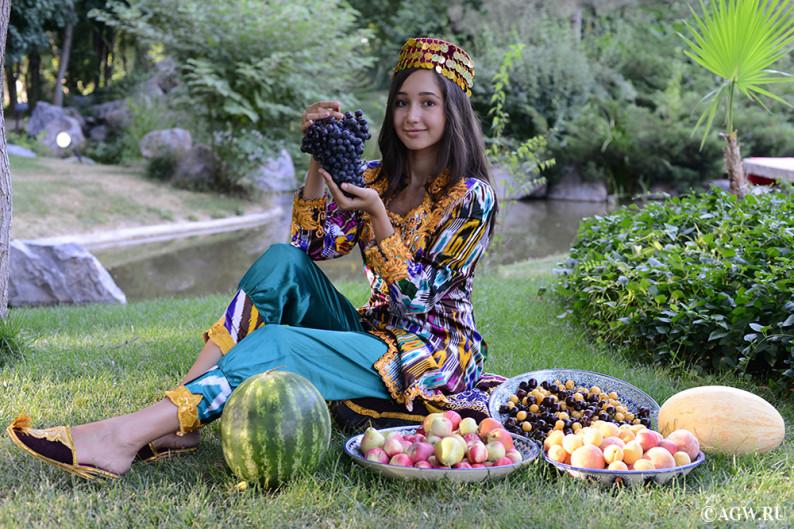 uzbekistan_fruits