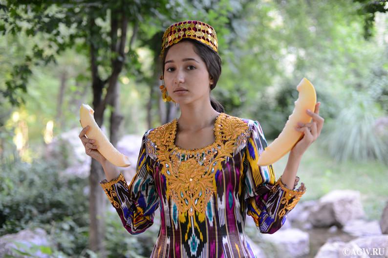 uzbekistan_fruits_melon-1