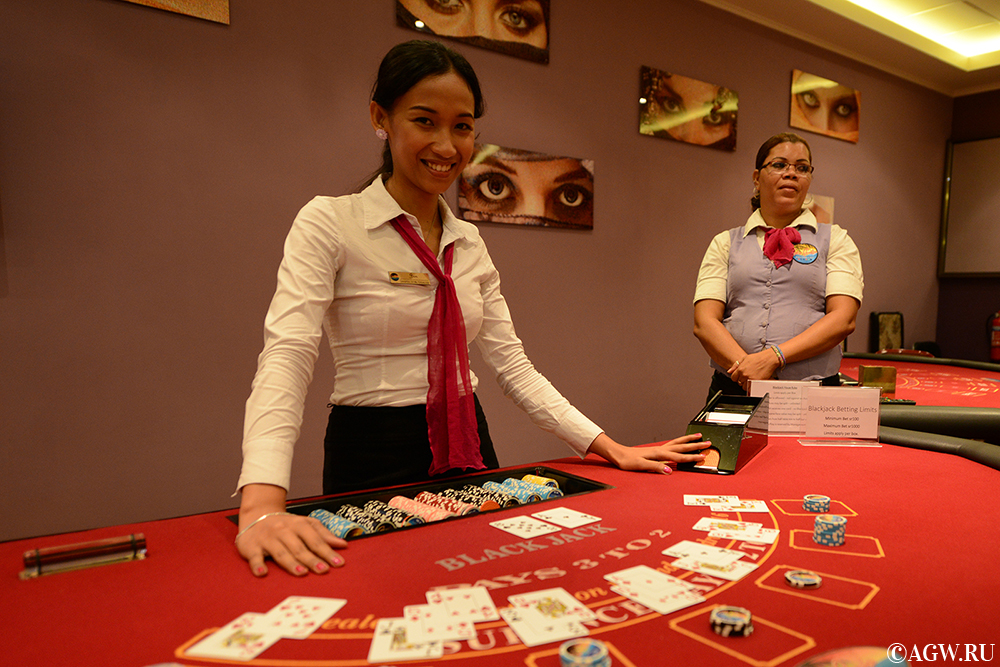 Блэкджек в казино Парадизо