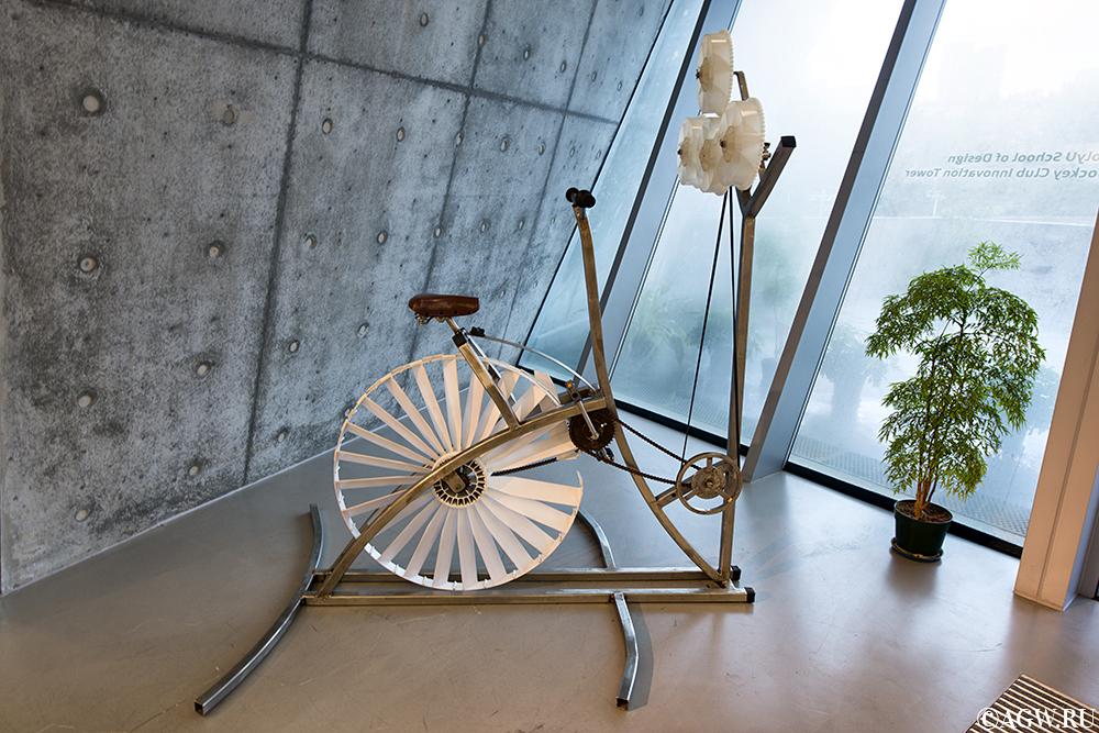 Дизайнерский велосипед в Башне Инноваций.