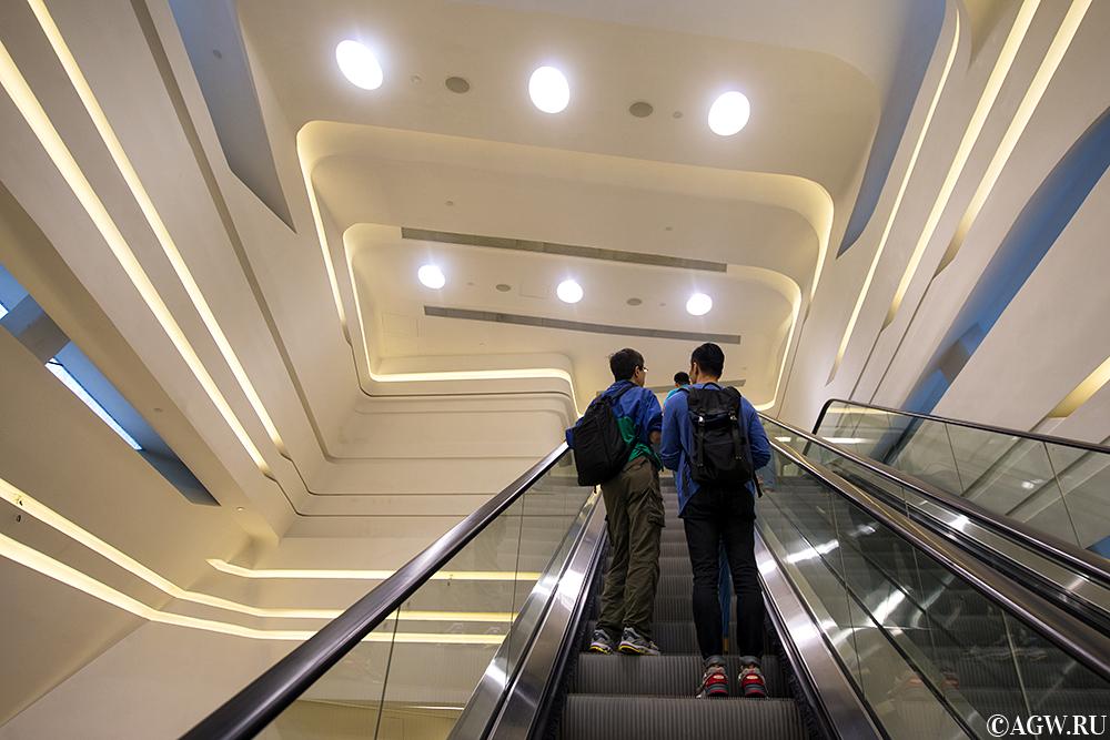 Эскалатор в Башне Инноваций.