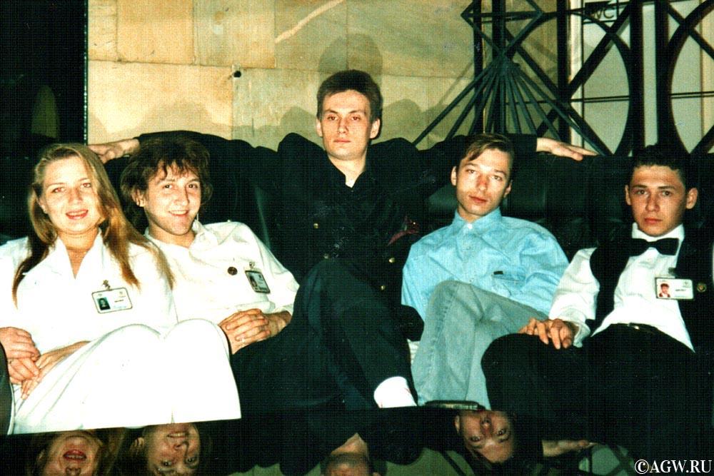В зале казино после работы. 1995 год.