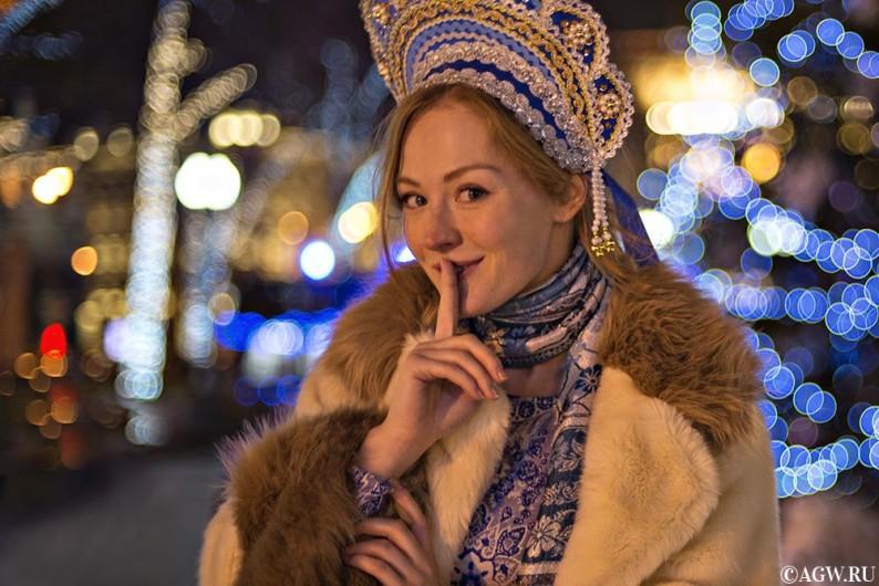 Парад снегурочек в Москве