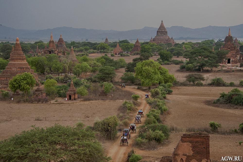 Вид на храмовый комплекс Паган, Мьянма